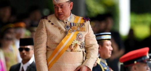 King of Malaysia Sultan Muhammad V Relinquishes throne to marry Russian Beauty Queen